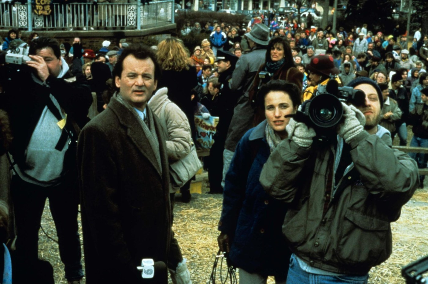 still-of-bill-murray,-andie-macdowell-and-chris-elliott-in-groundhog-day-(1993)-large-picture