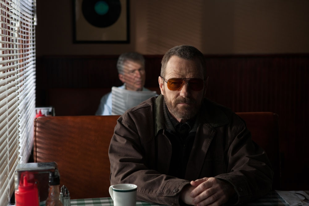 exclusive-cold-comes-the-night-trailer-starring-bryan-cranston-watch-now-141027-a-1374680648-1000-100