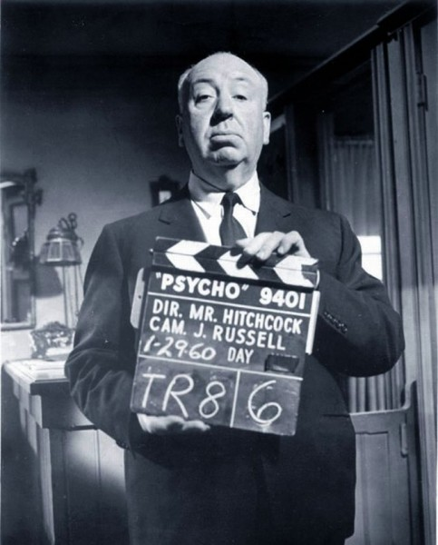 alfred-hitchcock-psycho-movie-set-photo-483x600