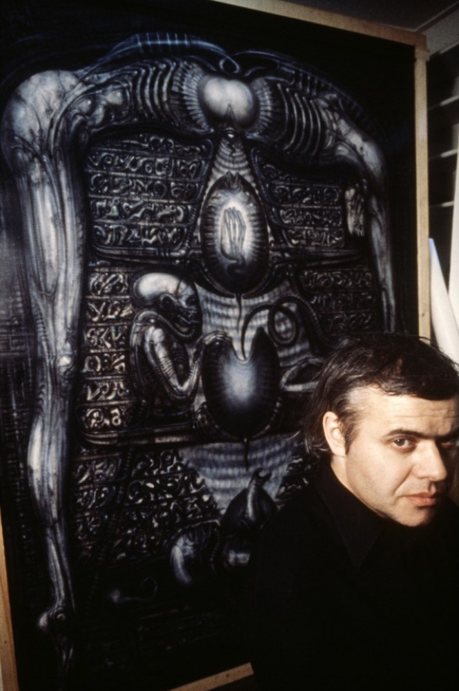 hr-giger-alien-on-set-08