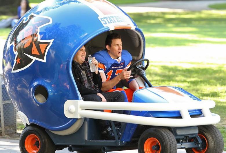 channing-tatum-and-jonah-hill-drive-football-helmet-car-on-set-of-22-jump-street