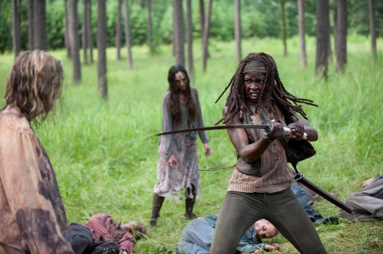 The-Walking-Dead-409-Michonne-katana