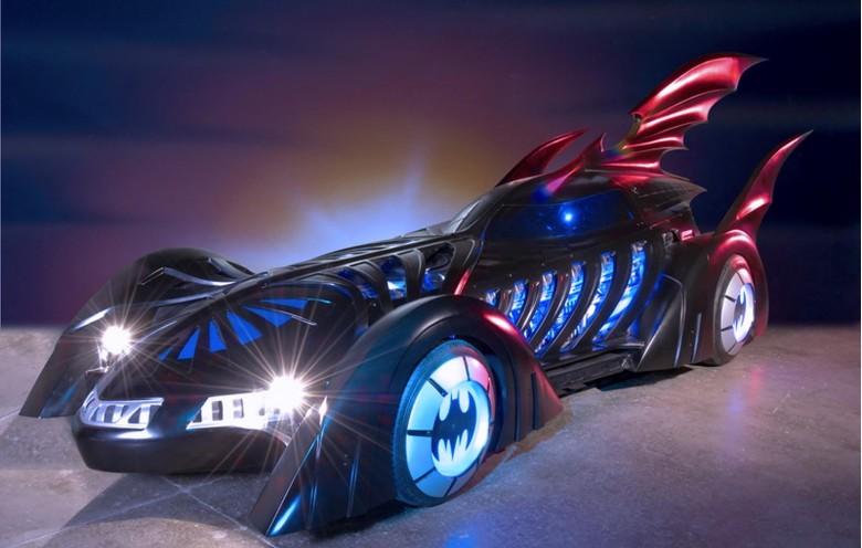 3632225-batmobile_batman_forever_movie_1995_val_kilmer_
