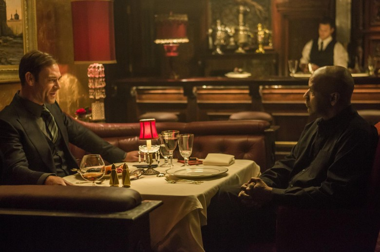 still-of-denzel-washington-and-marton-csokas-in-the-equalizer-(2014)-large-picture