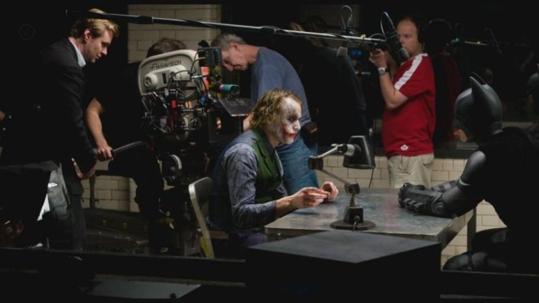 batman-the-joker-christian-bale-heath-ledger-batman-the-dark-knight-christopher-nolan-set-photos-and-christian-bale-419455902