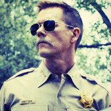 COP CAR. Maestro Kevin Bacon