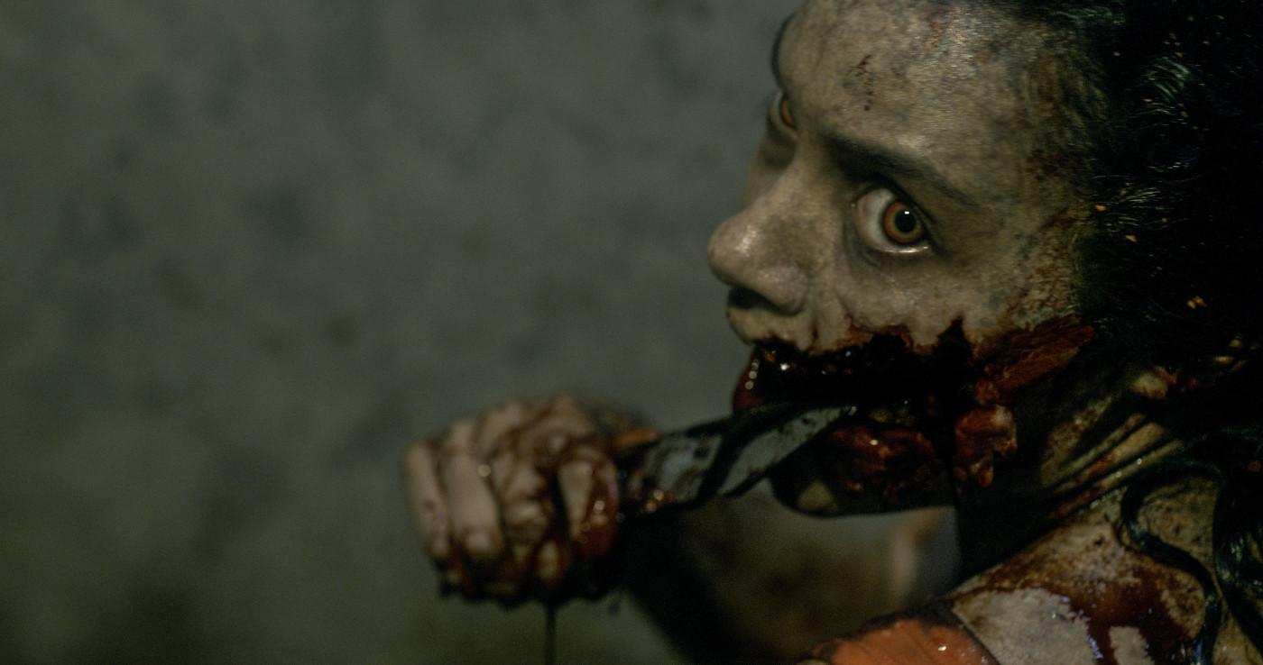 evil-dead-2013-Olivia-Jessica-Lucas