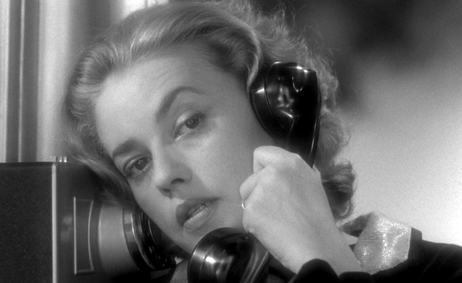 jeanne-moreau-on-the-phone-1024x576