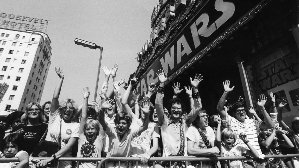 1977-recording-of-star-wars-audience-reaction-in-movie-theater (1)