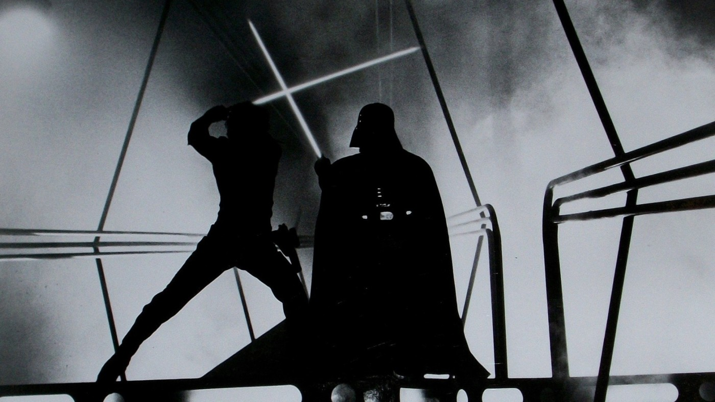 darth-vader-and-luke-skywalker-fight_original