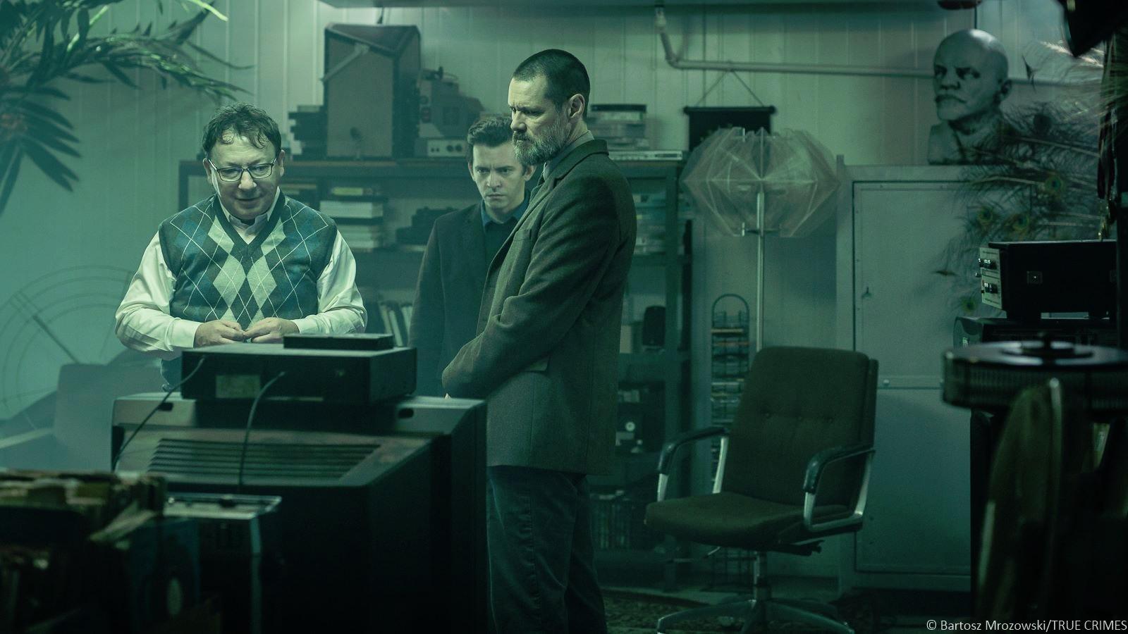 Zbigniew-Zamachowski-Jim-Carrey-in-True-Crimes
