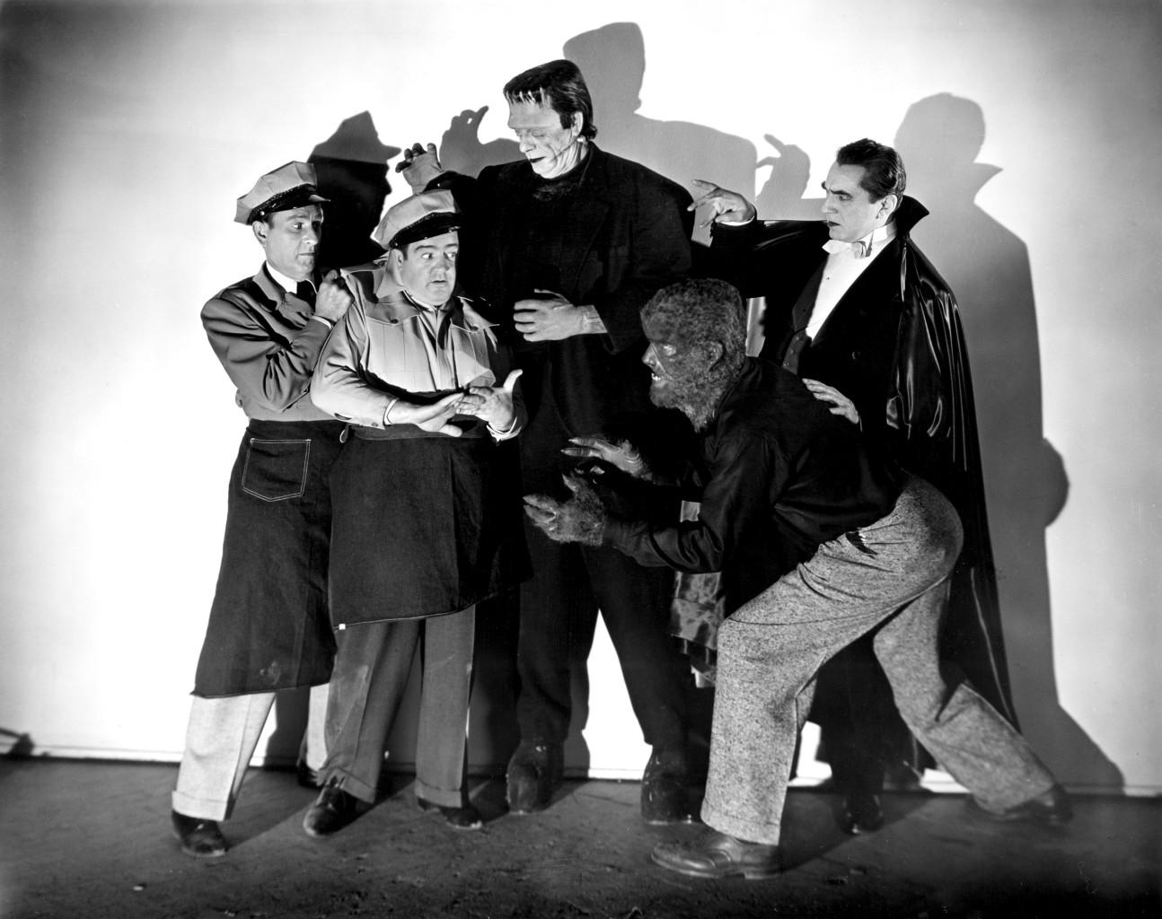 """Fotos promocyjny z """"Abbott i Costello spotykają Frankensteina"""" 1948 r., reż. Charles Barton"""