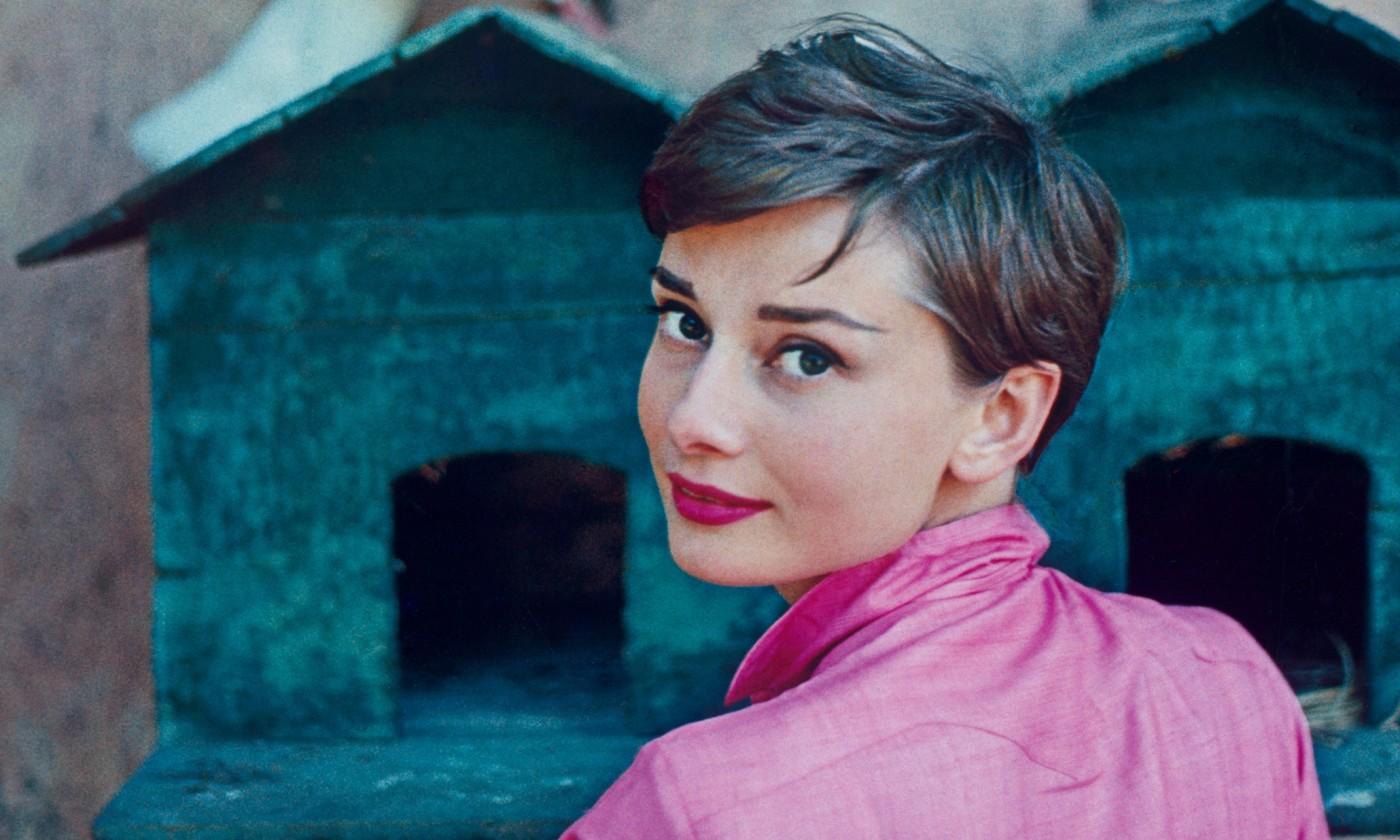 1955 La Vigna, Italy - signed 'Halsman N.Y.' - LIFE Magazine cover July 18, 1955