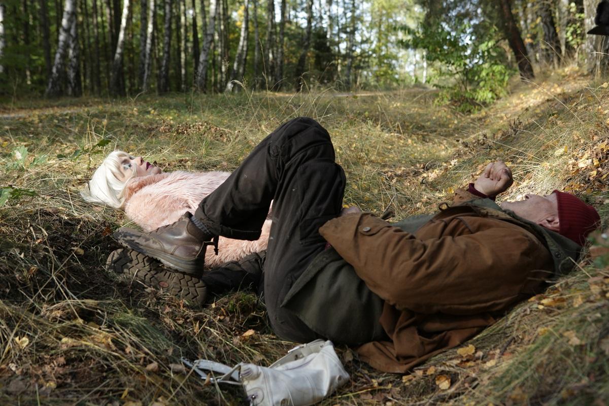 """""""Las, 4 rano"""", reż. Jan Jakub Kolski - dziad w lesie spotyka nastolatkę. W rękach innych twórców byłoby ryzykowne, ale to Kolski. I Krzysztof Majchrzak w roli głównej."""