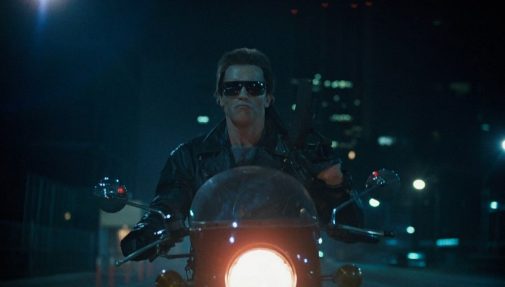 terminator-the-1984-001-arnold-schwarzenegger-on-motorbike