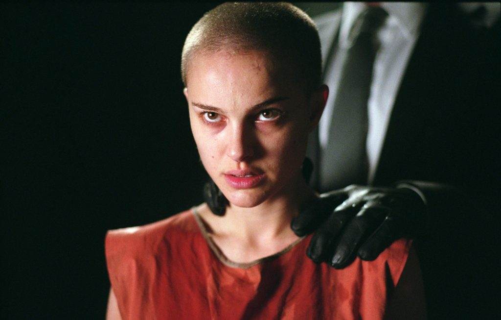 natalie-portman-in-v-for-vendetta-shaved-head-portable