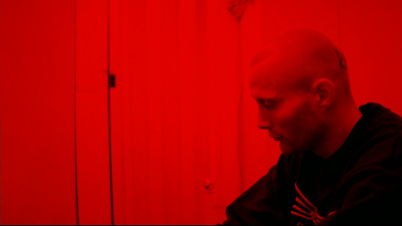 """Mads Mikkelsen, kadr z filmu """"Pusher II - Krew na rękach"""""""