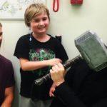 Thor i Loki w szpitalu dziecięcym