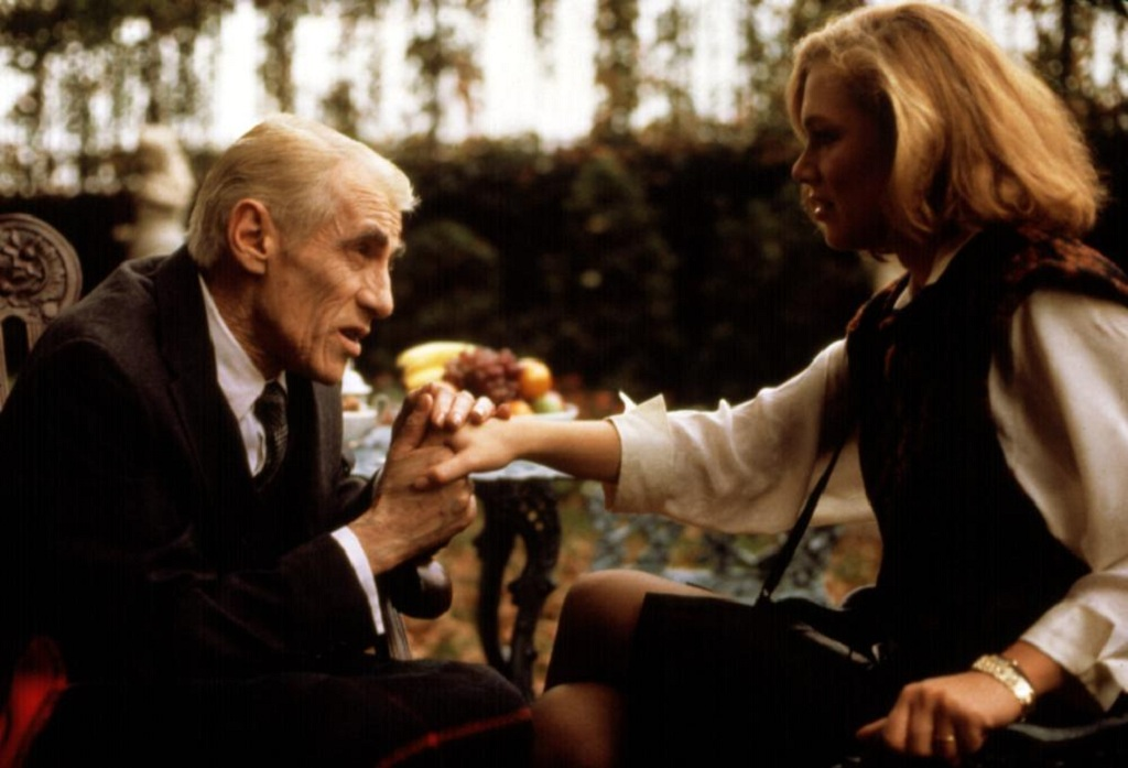 "William Hickey i Kathleen Turner w filmie ""Honor Prizzich"" (1985)"